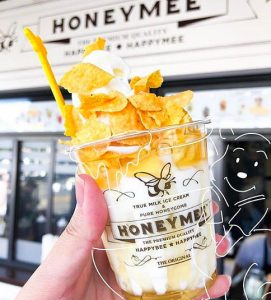 Honey Mee near The Pearl apartments in Koreatown