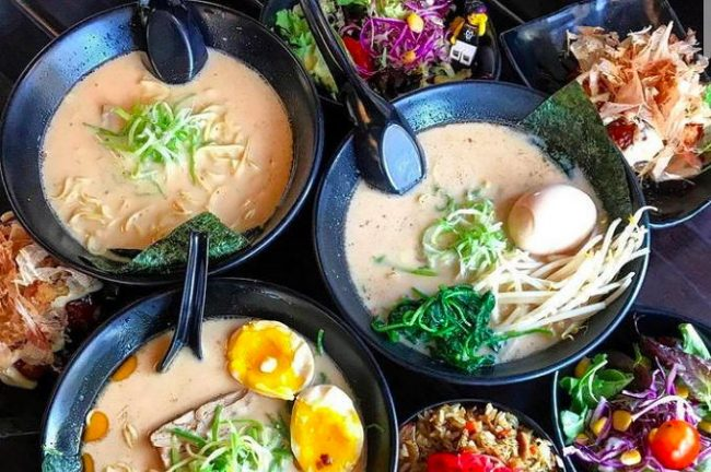 Slurpin' Ramen Bar noodles near The Pearl apartments in Koreatown